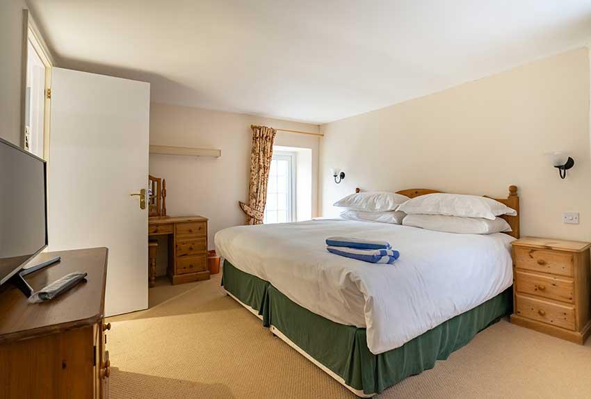 Badger Holiday Cottage Bedroom
